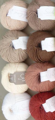 Retrouvez l'ensemble des mélange mérino, cachemire et soie de la marque Sublime de couleur   La gamme de couleurs de ces très beaux fils anglais est disponible sur www.cachemire-etc.com