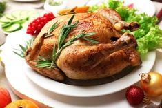 Baked chicken for festive dinner. Muscat, Tupperware, Christmas Table Settings, Baked Chicken, Turkey, Baking, Dinner, Food, Festive