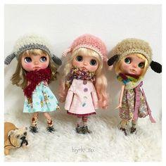 わんきゃっぷ編みました.+*:゚+。.☆  *  *  *  素敵タイツは@riekooooooo7 りえさんタイツ  *  *  *  ⛄️❄️  #knit#knitting #crochet #blythe#blythedoll#customblythe#blytheoutfit#dolloutfit#dog#ブライス#カスタムブライス#ブライスアウトフィット#ドールアウトフィット#ブライス帽子#わんきゃっぷ#あにまるヘルメット#あにまる帽子#犬#いぬ##おたねちゃん#ちくわぶちゃん#お大福ちゃん