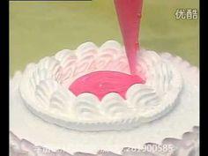 视频: s生日蛋糕裱花视频 十二生肖生日蛋糕