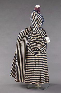 Seaside costume, 1885-1889  Metropolitan Museum of Art    Stripes are amazing