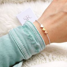 Maid of honor bracelet with gift box order at SR Jewelry. Maid of honor gift . Best Friend Bridesmaid, Will You Be My Bridesmaid, Bridesmaid Gifts, Bridesmaid Ideas, Maid Of Honour Gifts, Maid Of Honor, Beaded Anklets, Beaded Bracelets, Armband Infinity