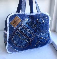 Jean Crafts, Denim Crafts, Jean Purses, Purses And Bags, Denim Bag Patterns, Denim Purse, Recycle Jeans, Girls Jeans, Vintage Sewing Patterns
