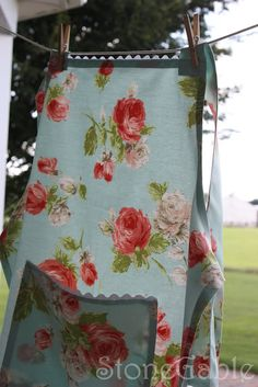 learn how to make a apron!