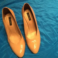 Marc Jacobs Collection nude heels sz 40 Nude Patent leather pumps excellent condition Marc Jacobs Shoes Heels