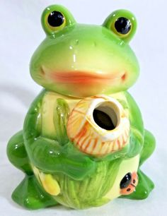 8 light green frogs decorative soaps