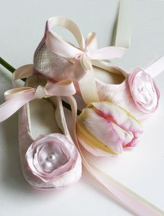 Flower Girl Couture Ballet Slipper, Baby, Toddler & Girls Shoes, Off-white Satin with Pink Lace and Cloth Flower – Baby Souls Coco Series. Colors