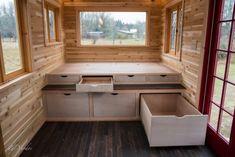 DIY Tiny House Storage And Organization Ideas On A Budget (9)