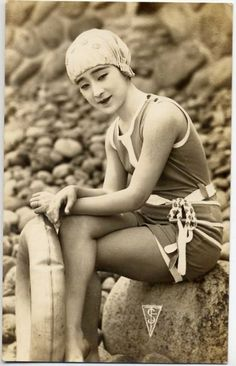 vintage postcard, Japanese bathing beauty, early 20C