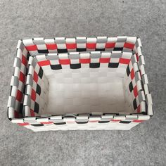 2018 The Bicolor Folk Wind Is Packed With Baskets, Basket Covers, Home Furnishing Baskets, Woven Basket, Multicolored, Gray And White. From Shnaia111, $20.11 | DHgate.Com Grey And White, Gray, Storage Baskets, Home Furnishings, Folk, Packing, Cover, Bag Packaging, Grey