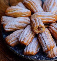 Efsane bir Elmalı kurabiye tarifim var bende bugün denedim ilk defa 😍 Kıyır kıyır yedikçe yedirten cinsten. 🤗 Elmalı kurabiye sevenler…