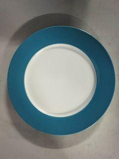 Los platos blancos con borde azul, son hermosos regalos que puedes personalizar con logos o fotos para sublimar http://www.suministro.cl/product_p/pbd-02t2.htm - Valor 1.523 cu con iva
