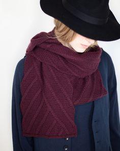 Woolfolk Vinkler scarf by Olga Buraya-Kefelian