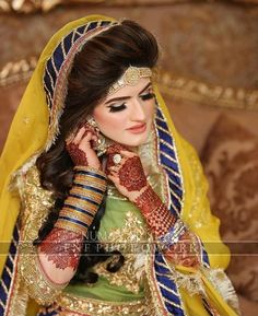MUA These are photos of actual clients.Any derogatory comments will result in permanent banning from the page. Bridal Mehndi Dresses, Walima Dress, Bridal Outfits, Bridal Wedding Dresses, Beautiful Bride, Beautiful Dresses, Mehndi Brides, Indian Wedding Hairstyles, Bridal Makeup Looks