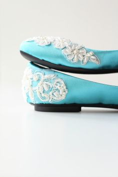 Bridal Turquoise Satin Flat Shoes Wedding Bride Engagement Special Night Size 6 (US) Turquoise Wedding Shoes, Purple Shoes, Purple Wedding, Wedding Bride, Wedding Stuff, Wedding Flowers, Shoe Deals, Bags Online Shopping, Types Of Shoes