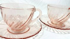 Hey, I found this really awesome Etsy listing at https://www.etsy.com/listing/246631593/vintage-arcoroc-rosaline-petal-pink