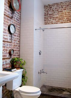 love this loft - the bathroom is perfect