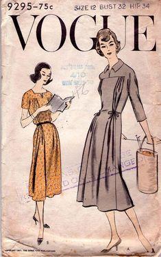 40s Fashion, Womens Fashion, Vintage Vogue Patterns, Fashion Illustration Vintage, Carnival Costumes, Pattern Books, Maternity Dresses, Frocks, Casual