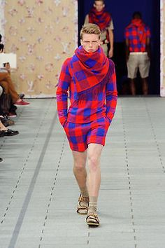 Maasai Runway Fashion http://www.ebay.com/gds/The-Masai-Shuka-Why-You-Need-to-Have-It-/10000000177904742/g.html