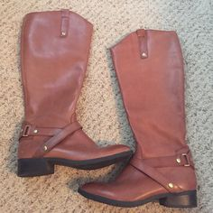 BRAND NEW Liz Claiborne cognac tall boots. Sz 8 Brand new/ Never worn Liz Claiborne tall leather cognac boots. Size 8. Gold detail & zipper up the inside. Boots have no scuffs or wear & tear anywhere on them. Liz Claiborne Shoes