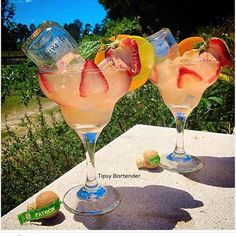 Patron Paradise Cocktail - For more delicious recipes and drinks, visit us here: www.tipsybartender.com