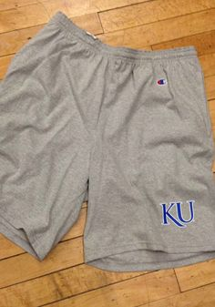 Be ready for an on-court showdown in these Kansas Jayhawks Mens Grey Classic Jersey Shorts! Rally House has a great selection of new and exclusive Kansas Jayhawks t-shirts, hats, gifts and apparel, in-store and online. Kansas Jayhawks Basketball, Kentucky Basketball, College Basketball, Basketball Players, Duke Basketball, Soccer, University Of Kentucky, Kentucky Wildcats, Wide Pants