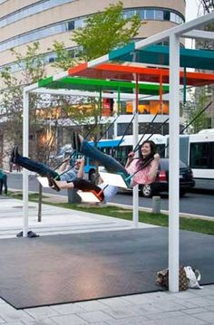 Swing bus stop, Montreal. Click image for source & visit our popular Tactical Urbanism board >> http://www.pinterest.com/slowottawa/tactical-urbanism/