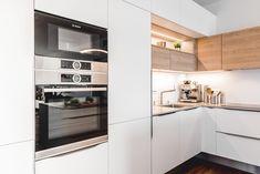 Gladstone, Kitchen Cabinets, Home And Garden, Interior Ideas, Interior Design, White Kitchens, Design Inspiration, Home Decor, Kitchen Styling
