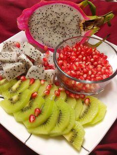 Pomegranates, kiwi, dragonfruit