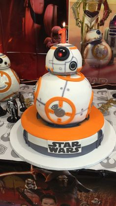 My son's birthday cake Star Wars Birthday Cake, Star Wars Cake, Star Wars Party, Bb8 Cake, R2d2 Cake, Edible Creations, Different Cakes, Character Cakes, Cakes For Boys