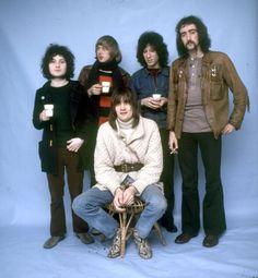 Fleetwood Mac, 1969. Mick Fleetwood, on the stool; Jeremy Spencer, Danny Kirwan, Peter Green & John McVie behind him.