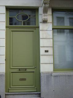 zurenborg voordeuren olijfgroen