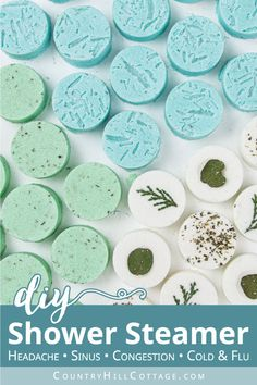 Homemade Soap Recipes, Homemade Gifts, Homemade Goo, Diy Gifts To Make, Homemade Bath Bombs, Eucalyptus Shower, Limpieza Natural, Shower Steamers, Steamer Recipes