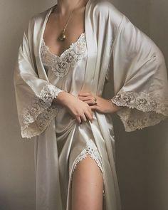 Lingerie Outfits, Lingerie Dress, Lingerie Sleepwear, Elegant Lingerie, Pretty Lingerie, Bridal Nightwear, Luxury Nightwear, Lingerie Bonita, Sleepwear Women