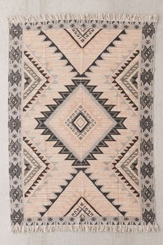 Kaya printed rug in cream Urban Outfitters, Warehouse Design, Velvet Quilt, Bright Art, Vintage Industrial Decor, Classic Rugs, Curtain Patterns, Aztec Rug, Dorm Decorations