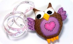 Felt Owl Measuring Tape + Free PDF Pattern