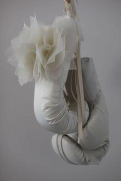Let Her Rave sculpture by feminist artist Zoe Buckman