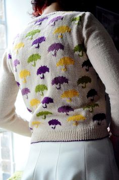 Stitched Up: FO: Pluie cardigan Love this! Intarsia Knitting, Knitting Club, Knitting Yarn, Baby Knitting, Knitting Patterns, Fair Isle Pattern, Ravelry, How To Purl Knit, Knit Picks