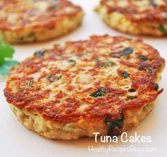 I replaced the oatmeal with cooked quinoa. - These healthy tuna cakes are paleo, gluten free and keto. They contain no bread crumbs. Easy, affordable and nutritious, it's the perfect weeknight dinner! Fish Dishes, Seafood Dishes, Seafood Recipes, Tuna Fish Recipes, Canned Tuna Recipes, Healthy Cooking, Cooking Recipes, Healthy Recipes, Cooking Rice