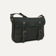 Bleu de Chauffe, leather messenger bag. Sac plombier Léo #madeinfrance #natural #leather