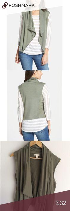 🎉Host Pick🎉 Nordstrom Caslon Olive Vest NWOT. Size medium. Caslon Jackets & Coats Vests