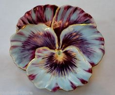 """UNUSUAL ELITE LIMOGES BAWO & DOTTER PANSY SHAPED DISH- HAND PAINTED 5 3/4"""""""