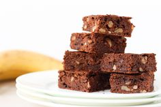 Chocolate and Banana Blender Brownies. Quick and easy recipe that everyone will enjoy. Perfect for the lunchbox and free from gluten, dairy, egg and grains.