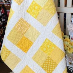 Lemon Drop Quilt Pattern (just one simple block) Colchas Quilting, Quilting Designs, Crazy Quilting, Quilting Templates, Machine Quilting, Quilting Ideas, Quilt Baby, Baby Quilts To Make, History Of Quilting
