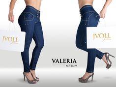 El pantalón de pretina alta que moldea tu figura y te hace ver espectacular.  #Pantalon #jeans #mezclilla #moda #fashion #Mexico #Colombia #mujeres #shopping #compras