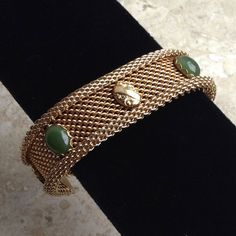 Mesh Bracelet in Gold Tone with Jade Coloured by ClockworkZoo