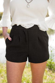 Lovely In Black Pleated High Waist Shorts