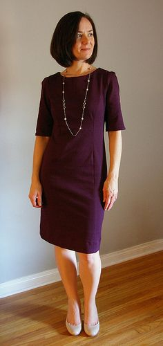 A nice pattern for a knit dress (she has another nice one on her blog too, but I couldn't pin to it)