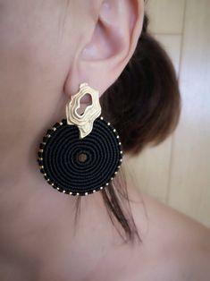 Elegant Black Earrings Adorned With Miyuki Seed Beads. | Etsy Tassel Bracelet, Macrame Earrings, Shell Bracelet, Black Earrings, Circle Earrings, Beach Bracelets, Summer Jewelry, Adjustable Bracelet, Beautiful Earrings