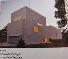 cinder block Concrete Houses, Concrete Blocks, Belem, Cinder Block House, Cinder Blocks, Brick House Plans, Portugal, Block Wall, Villa